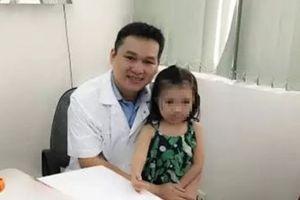 Bé gái được ghép da đầu nhỏ tuổi nhất thế giới - ngày ấy, bây giờ