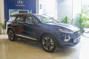 Hyundai SantaFe 2019 bất ngờ xuất hiện tại Hà Nội