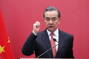 Trung Quốc yêu cầu Anh không can thiệp vấn đề Biển Đông