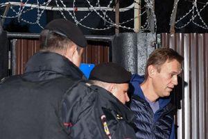 Vừa mãn hạn tù, đối thủ của Tổng thống Putin tiếp tục lãnh án 20 ngày tống giam