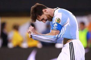 Messi đạt phiếu bầu The Best 2018 thấp khó tin, xếp sau đàn em 19 tuổi