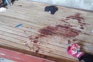 Bé gái bị cứa cổ tử vong: Người bố nhận tội
