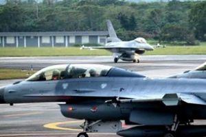 Mỹ 'chọc giận' TQ bằng thỏa thuận vũ khí 330 triệu USD với Đài Loan