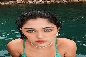 Vlogger Brazil gây kích thích MXH bằng đôi mắt xanh ma mị