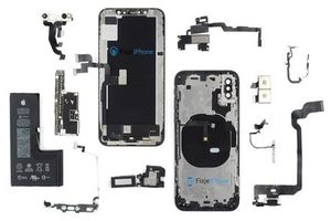 iPhone Xs sử dụng viên pin chữ L liền khối, nhỏ hơn iPhone X