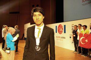 Học sinh đoạt giải Tin học quốc tế chia sẻ 'bí kíp' học tập