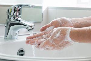7 bộ phận trên cơ thể dù bạn vẫn 'kì cọ' hàng ngày nhưng chưa chắc đã làm đúng: Đây mới là điều cần làm để sạch sẽ