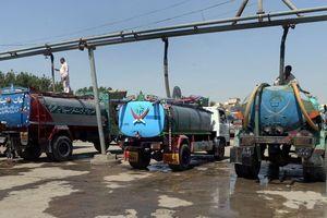 Mafia nước và cơn khát ở Karachi