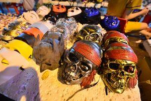 Những chiếc mặt nạ kinh dị làm Trung thu 'hóa' lễ Hallowen