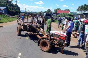 Người đàn ông bị xe tải tông chết khi tránh công nông