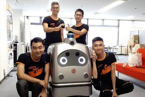 Bốn nam sinh Việt trải nghiệm công nghệ ở Nhật Bản