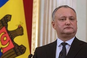 Vì sao Tổng thống Moldova Dodon bất ngờ bị đình chỉ chức vụ?