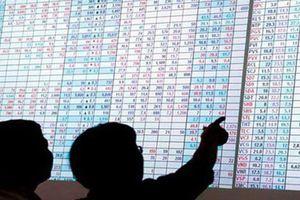 Chiến tranh thương mại, dòng tiền vẫn đổ vào Mỹ và Trung Quốc, rút mạnh khỏi các thị trường mới nổi