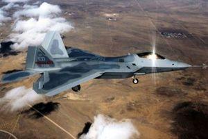 Su-35S Nga đánh chặn thành công F-22 Mỹ ở Syria: Quá nhanh, quá nguy hiểm!