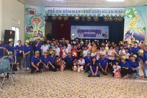 Autogrill VFS F&B thăm, tặng quà cho hơn 700 trẻ mồ côi, khuyết tật