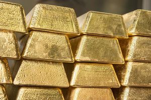 Giá vàng ngày 25/9: Thị trường trong nước dao động ở mức thấp