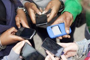 Đặt điện thoại xuống và dành thời gian 'chất lượng' cho gia đình