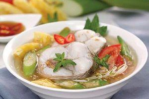 Hướng dẫn nấu canh chua cá lóc đơn giản, chuẩn vị miền Tây