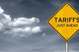 Chứng khoán Mỹ rớt từ đỉnh trong ngày thuế quan có hiệu lực