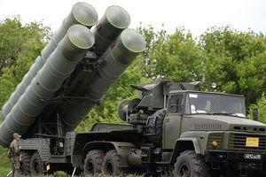 Tính toán của Tổng thống Nga Putin khi bàn giao S-300 cho Syria