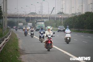 Thanh tra Sở GTVT Hà Nội: Xử lý nghiêm vi phạm đi xe máy vào Đại lộ Thăng Long