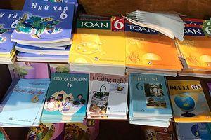In sách giáo khoa lỗ, sao quỹ lương ở Nhà xuất bản Giáo dục vẫn tăng?