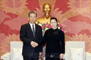 Chủ tịch Quốc hội tiếp Bí thư Ủy ban Kiểm tra Kỷ luật Trung ương Đảng Cộng sản Trung Quốc
