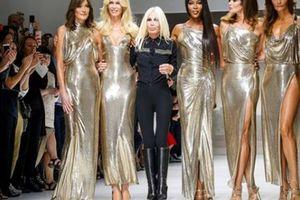 Michael Kors 'nuốt chửng' Versace với giá hơn 2 tỷ đô la Mỹ