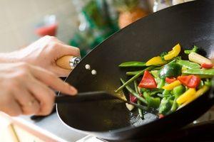 11 sai lầm nấu ăn có thể gây ngộ độc thực phẩm
