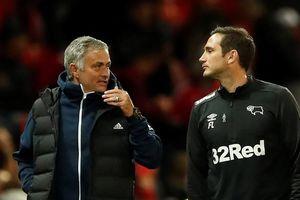 Vòng 3 Cúp Liên đoàn Anh: Trò Lampard loại thầy Mourinho