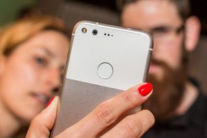 Google Lens sẽ 'góp mặt' trên camera của Pixel