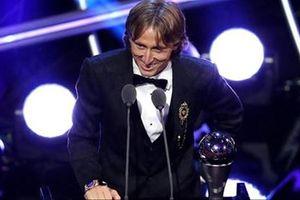 Luka Modric giành giải FIFA The Best: Từ 'tội đồ' thành người hùng