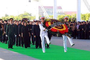 Người dân quê nhà viếng Chủ tịch nước Trần Đại Quang