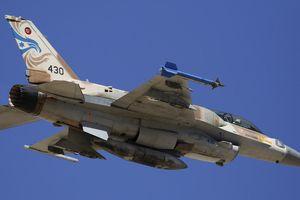 Israel vẫn tấn công mục tiêu tại Syria bất chấp 'Rồng lửa' S-300