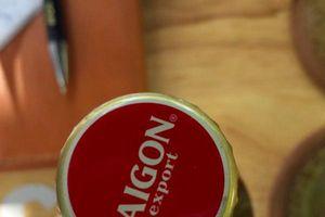 SABECO nói gì về chai bia nghi kém chất lượng?