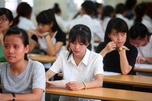 Có nên trả lại quyền tuyển sinh cho các trường đại học?