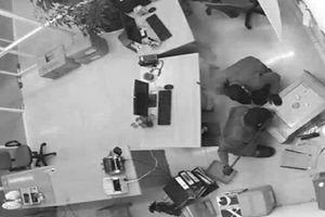 Trò 'thoát xác'của đối tượng và bài học phòng ngừa trộm nơi công sở