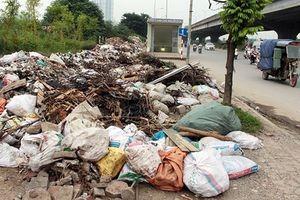 Hà Nội: Con số gây sốc, rác thải lên đến 6.000 tấn/ngày