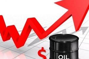 Giá dầu thế giới chạm mức cao nhất trong bốn năm