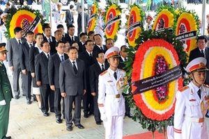 Bạn bè quốc tế xúc động tiễn biệt Chủ tịch nước Trần Đại Quang