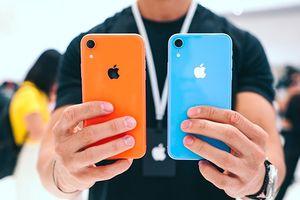 Giải mã chữ 'R' trong iPhone XR của Apple