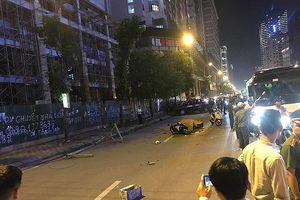 Hà Nội: Thanh sắt từ giàn giáo của công trình xây dựng rơi khiến 1 người tử vong