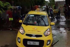 Hải Phòng: Một lái xe taxi mất tích khi đi qua cầu