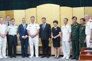 Quan hệ hợp tác Việt Nam - Canada ngày càng bền chặt