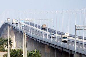 TPHCM thử nghiệm cảm biến đo độ rung cầu đường