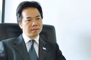 Ông Johan Nyvene bán ra 200.000 cổ phiếu HCM