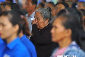 Người dân đến dự Lễ truy điệu Chủ tịch nước tại tỉnh Ninh Bình