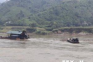 Sớm ngăn chặn tình trạng khai khoáng trái phép trên sông Hồng