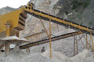 Vì sao lao động tại các mỏ đá không mặn mà với việc đóng BHXH?