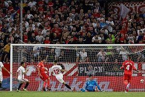 Hàng công nhạt nhòa, Real Madrid thua thảm Sevilla
